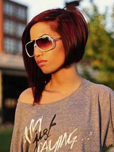 Zig Zag Messy Parted Asymmetrical Bob Hairstyle - 17 Irresistible Medium Bob Hairstyles for 2015 – Medium Hairstyles & Cuts