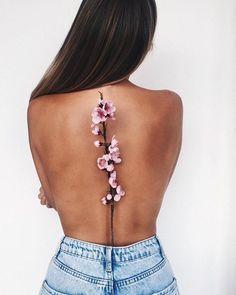 3D flower back tattoo - 70 Amazing 3D Tattoo Designs