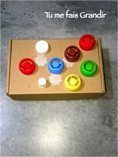 Screw and unscrew caps Exercise Montessori Activities, Infant Activities, Little Babies, Kids And Parenting, Baby Love, Crafts For Kids, About Me Blog, Blondes, Fun