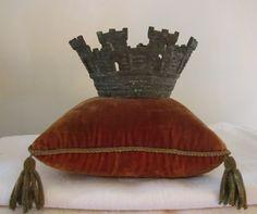Crowned!