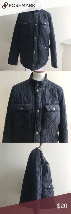 OLD NAVY QUILTED JACKET Navy Blue Size Small Old Navy Quilted Jacket Navy Blue Size Small  Let me know if you have any questions! 🤗 Old Navy Jackets & Coats