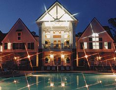 3 Days 2 Nights At Hotel Busch Gardens Inn Colonial Historic