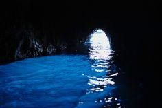 Capri Italy : Grotta Azzurra 青の洞窟