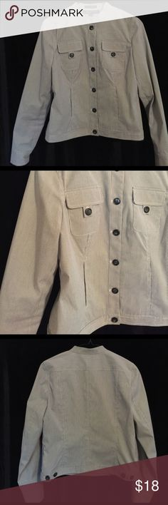 """And Klein gray striped stretch jacket Sz PS Anne Klein Petite Gray Striped Stretch Jacket 2 front pockets 6 buttons  Size petite small 36"""" chest 21"""" long  80% polyester 18% cotton 2% spandex  Machine washable Anne Klein Jackets & Coats Jean Jackets"""
