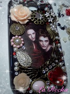 Twilight Inspired Cell phone case  www.etsy.com/shop/larecha