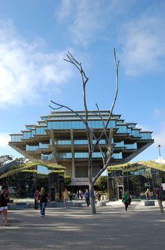 UCSD Main Library