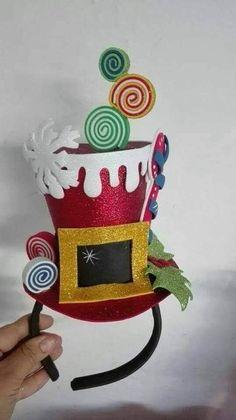 Christmas Hat, Christmas Costumes, Christmas Fashion, Ugly Christmas Sweater, Christmas Crafts, Christmas Decorations, Christmas Ornaments, Disney Diy, Navidad Diy