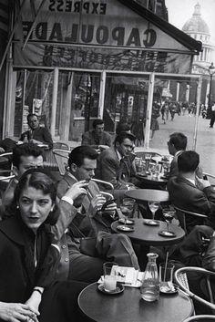 Inge Morath, Cafe Capoulade, Paris, 1954.