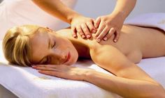 De-stress back Massage The treatment begins with the therapist massaging all the knots in back with warm aromatic mud filled with pine essential oil and camphor is applied to soothe and eliminate all muscular tension.