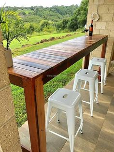 For the patio, here is an idea which can arrange a place in the patio for enjoying a meal with the family or friends. The drinks can also be enjoyed there while enjoying the weather on a fine day. It will not take much time in completion; it can be created in one day.