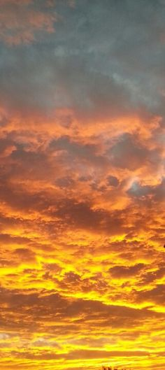 Sunset over Johannesburg, South Africa South Afrika, Kingfisher Bird, Eye For Beauty, Heavenly Places, Out Of Africa, Bright Colours, Sky And Clouds, What A Wonderful World, Sunrises