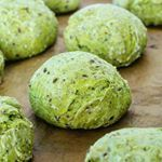Whole grain spinach buns with flax seeds and sesame seeds