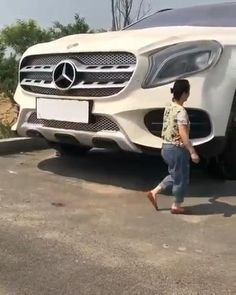 White Mercedes is really large Best Luxury Cars, Mercedes Amg, Cars, Cutaway