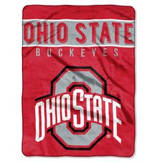 The perfect throw for game day and every day! #collegesports