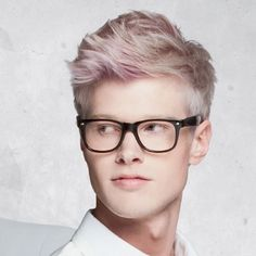 ashy blonde with pink block coloring Click here to see more hairstyles!