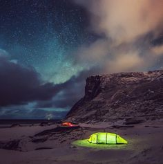 A Trip Through Nordic Lands  Photographers Daniel Taipale and Samuel Taipale are two brothers from Finland. On their respective Instagram account, they make us traveling through Finland and Norway. By looking their pictures we travel on snow-covered landscapes, in pine woods, under starry nights or lighted by aurora borealis. Snapshots are sometimes dreamlike.