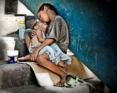 30 Brilliant Pictures Exposing Face of Poverty — caution: these will tug at your heart...