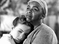 Jeanne Crain and Ethel Waters in Pinky Classic Actresses, Classic Movies, Classic Hollywood, In Hollywood, Akira, African American Movies, Ethel Waters, Jeanne Crain, Love Scenes