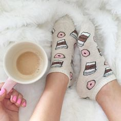 my kind of mornin' + happy feet with these babies!