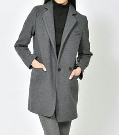 Cozy, warm & chic! This stylish Pink Martini coat is a must-have on a snowy day like today. ❄