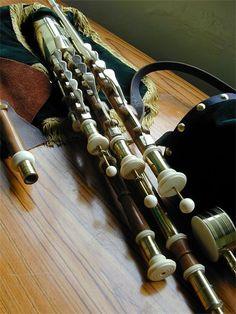 Blackwater Woodturners - Uilleann Pipes