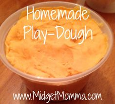 Homemade Play-dough Recipe. Easy to make and a fun project for kids to make and then to play with. Safe for little kids and made with all edible ingrediants