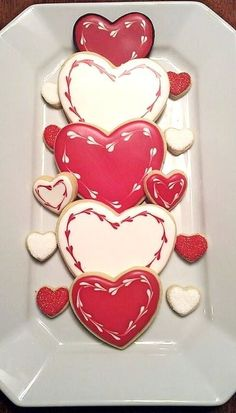Valentine Hearts - by PumsSweets @ CakesDecor.com - cake decorating website