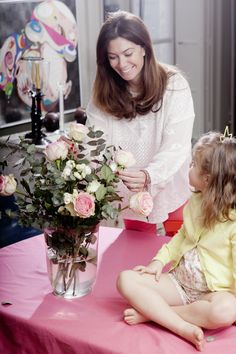 Making #flowers bouquet together. SIXTIES Cardigan and MILA Romper #MumAndDaughter #kids #cdec_paris