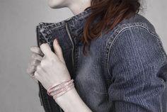 Pohodlné náramky z textilu. #sperkymoda.cz#sperky #jewellery #jewelry #fashionjewellery #bizu #earrings #moda #czech #czechgirl