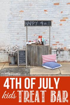 of July Kids Treat Bar ! With All the Simple Recipes, Free Printables, and Easy Tutorials 4th Of July Party, Fourth Of July, Projects For Kids, Diy Projects, Handmade Home, Photography Props, Memorial Day, Holiday Fun, Summer Fun