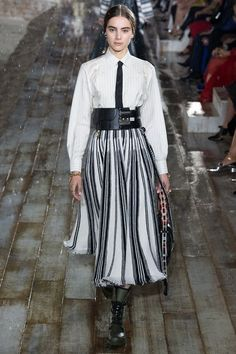 See every detail from the Christian Dior Resort 2019 collection.