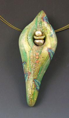 Leaf+Pod+Pendant,+2007 polym clay, polymer clay, pod pendant