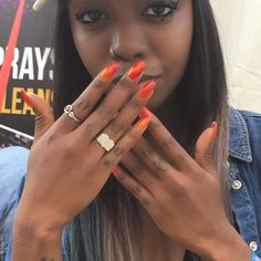 Our banging DJ @siobhanbell_ wore #wahimmerge to DJ to thousands of people at #lovebox this weekend!  ombré nails 4 Eva!!!!!!