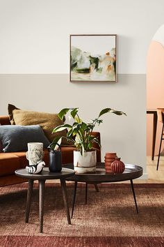 TDC: Autumnal hues from Dulux. Styling Bree Leech, photo Mike Baker Source by I do not take credit for the images in this post. Cozy Living Rooms, Living Room Kitchen, Living Room Decor, Dining Room, Bedroom Decor, Easy Painting Projects, Two Tone Walls, Two Tone Paint, Autumn Interior
