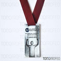 MEDALLA 80K RUNNING NOCTURNOS DE MURCIA 2014.   Diseñamos las medallas para su evento deportivo. Pide su presupuesto a través de: todotrofeo@todotrofeo.com    80K RUNNING MURCIA MEDAL 2014.  We design your sport event medals. Request your budget in: todotrofeo@todotrofeo.com