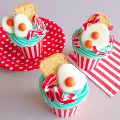 Breakfast Cupcakes / Katherine Sabbath