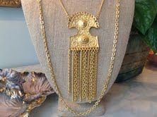 Gorgeous double stranded gold toned vintage necklace!!   $80