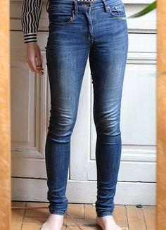 À vendre sur #vintedfrance ! http://www.vinted.fr/mode-femmes/jeans/27214716-hm-jean-skinny-taille-haute