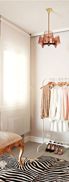 Peach Hues ● Dressing Room