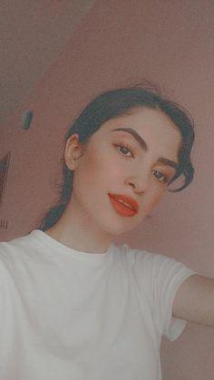 Cute Girl Poses, Girl Photo Poses, Girl Photos, Cute Boyfriend Texts, Cigarette Girl, Fake Pictures, Fake Girls, Purple Wallpaper, Cute Girl Photo