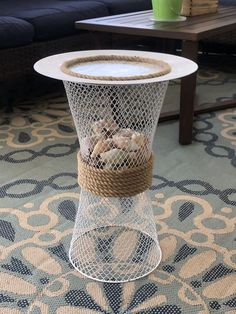 Cheap Side Tables, Diy End Tables, Outdoor Side Table, Wooden Side Table, Dollar Tree Store, Dollar Stores, Decoracion Low Cost, End Table Makeover, Small Porches
