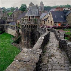 Castle Rampart, Fougeres, France