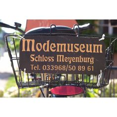 A Fashion Museum is my favourite kind of Museum. Read all about it in my new Travel Blogpost. #oriwodesign #schlossmeyenburg #modemuseum #fashion #fashionmuseum #schloss #schlossmuseum #travel #travelblog #travelblogger #travelblogger_de #museum #museumvisit #museumlover #ilovetravelling #travelgram #instatravel #antiquefashion #meyenburg #meyenburgmuseum #ilovemuseums