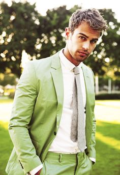 Want to hear your Beating Heart tonight. {Theo James}