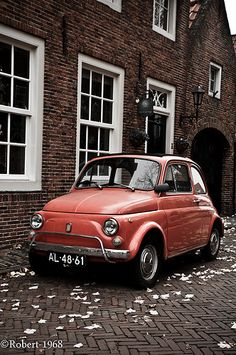 Old little small car | an old fiat 500 car, i liked the sett… | Flickr
