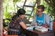 ⋆⋆⋆ La perle du Guatemala: San Pedro La Laguna. Endroit idéal pour des cours d'espagnol à très bas prix. Ne manque pas ça! ⋆⋆⋆ Immersions et cours d'espagnol abordables au Guatemala (http://detourlocal.com/cours-espagnol-san-pedro-guatemala/)  #PremièresImpressions