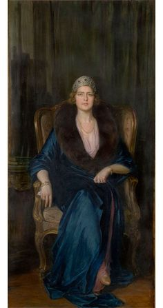 Queen Marie nee Princess Marie of Romania emeralds and diamonds kokoshnik tiara