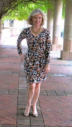 Goodbye Valentino | McCall's 6884 faux wrap dress