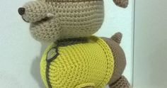 Este patrón a sido creado por @almadeitami ( en Instagram) para la Comunidad del Ganchillo( en Facebook), si lo hacéis no olvidéis mencionar... Crochet Boots, Paw Patrol, Tweety, Animals And Pets, Knitted Hats, Dolls, Knitting, Princesa Poppy, Diy
