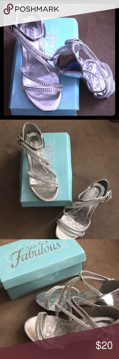 Girls Special Event Dress Sandals - Angel 48K Beautiful Special Event Shoe for little Girls! Worn once. Great for Weddings, daddy daughter dances and any other special event!!!! Classy, elegant and very durable! Silver with rhinestone. Fabulous Shoes Dress Shoes